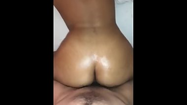 WHITE BOY FUCKS THICC 18 YEAR OLD REDBONE ON SNAPCHAT