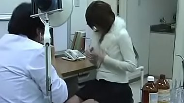 Japanese False Doctor Take Advantage Of Teens Spycam BestWomenOnly.com/4806 &lt_-- Part2 FREE Watch