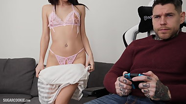 Crazy guy like video games more than sex with this hot girl