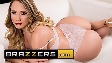 Brazzers - Big Butt teen AJ Applegat gives up anal