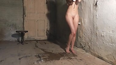 18yo girl with perfect feet tortured with falaka-bastinado