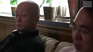 Japanese girl have sex with the father in law