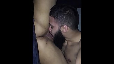 Sloppy pussy eating all natural
