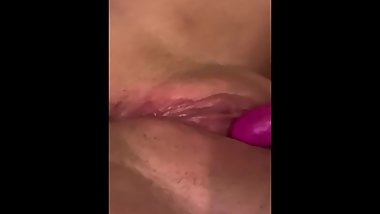 Amateur Teen Masturbating Cums With Vibrator
