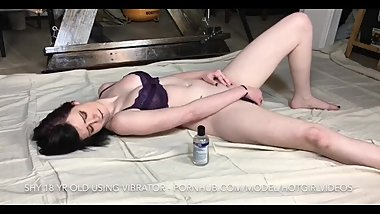 Little Girl Masturbates For The First Time With Vibrator - Vibrator Virgin