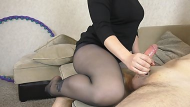 Young babe after school handjob in black tights