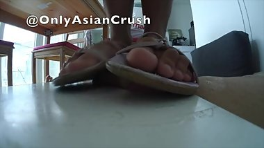 Indonesian white flats cock crush (no cum)