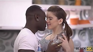 BLACK4K. Evelina Darling comes to black guy and they get closer