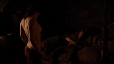 Maisie Williams/Arya Stark Sex Scene in Game Of Thrones season 8 episode 2