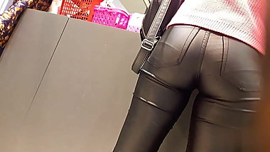 TEEN IN LEATHER PANTS