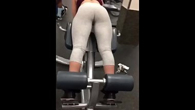 LEGGINGS COLLEGE ATHLETE GIRL AMATEUR GYM TEEN BOOTY WORK OUT