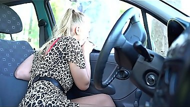 Sucking some Stranger at the parking *** Girls4cock.com