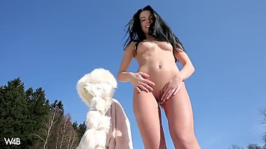 Teen Exhibitionist Sapphira A Skiing In Nudity & Winter Pussy Orgasm