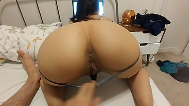 Fucking Asian gf while she online shops -un edited- -