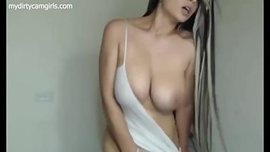 Natural latin tits