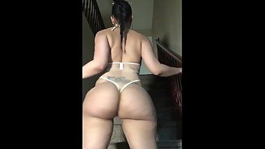 RLCC THICK ASS ROSE BOOTY TWERKING THICK PHAT BOOTY