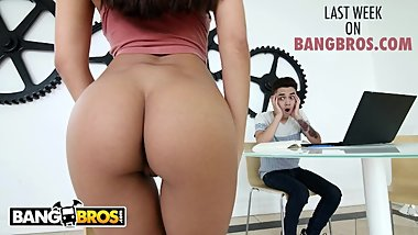 Last Week On BANGBROS.COM : 05/04/2019 - 05/10/2019