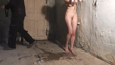18yo girl tortured with falaka (bastinado)