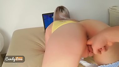 I fuck my barely legal Stepsister when she plays Fortnite * CUM ON ASS *