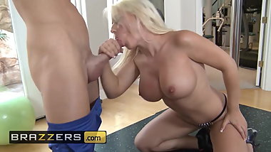 Big TITS in Sports - Sammie Spades & Johnny Sins - Working
