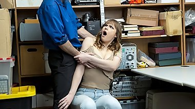 ShopLyfter - Curvy Teen Gets Caught And Strip Searched