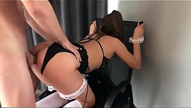 Young naughty Australian bitch in stockings sweetly moans and gets a big cock in a tight ass! home anal sex