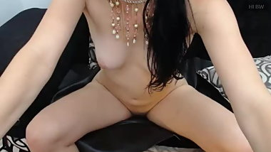 Sexy young girl on webcam Sarameals